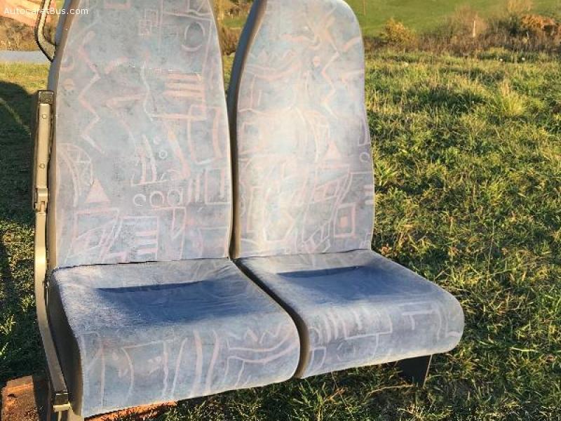 Vends sièges bus